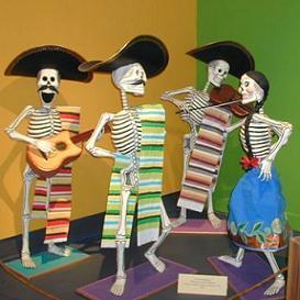 Dia De Los Muertos figures