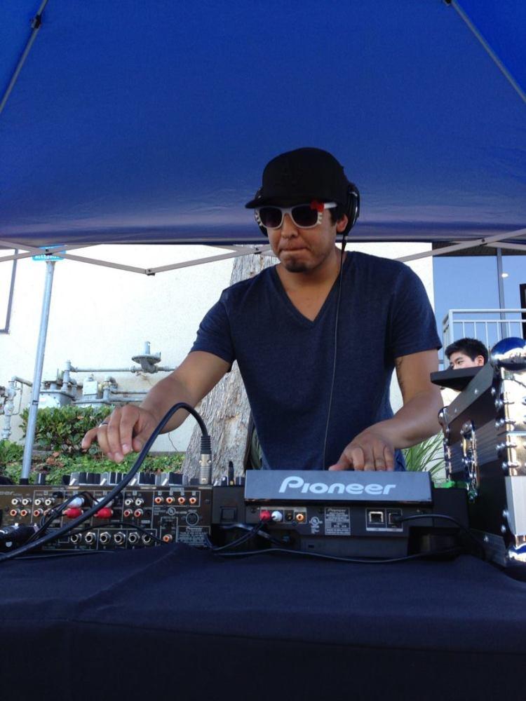"""Omar Salinas aka """"DJ Omega the Neo-Tablist"""""""